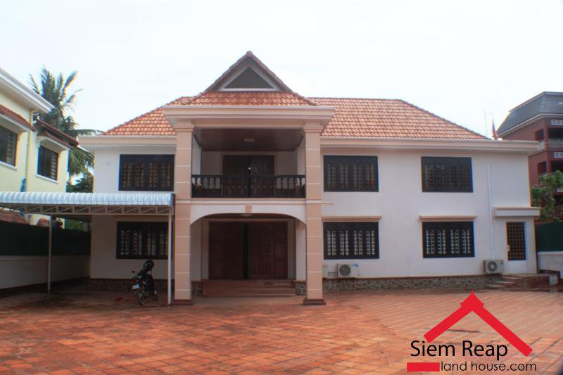 4 bedrooms house for rent in siem reap Cambodia $900/m ID HFR-153