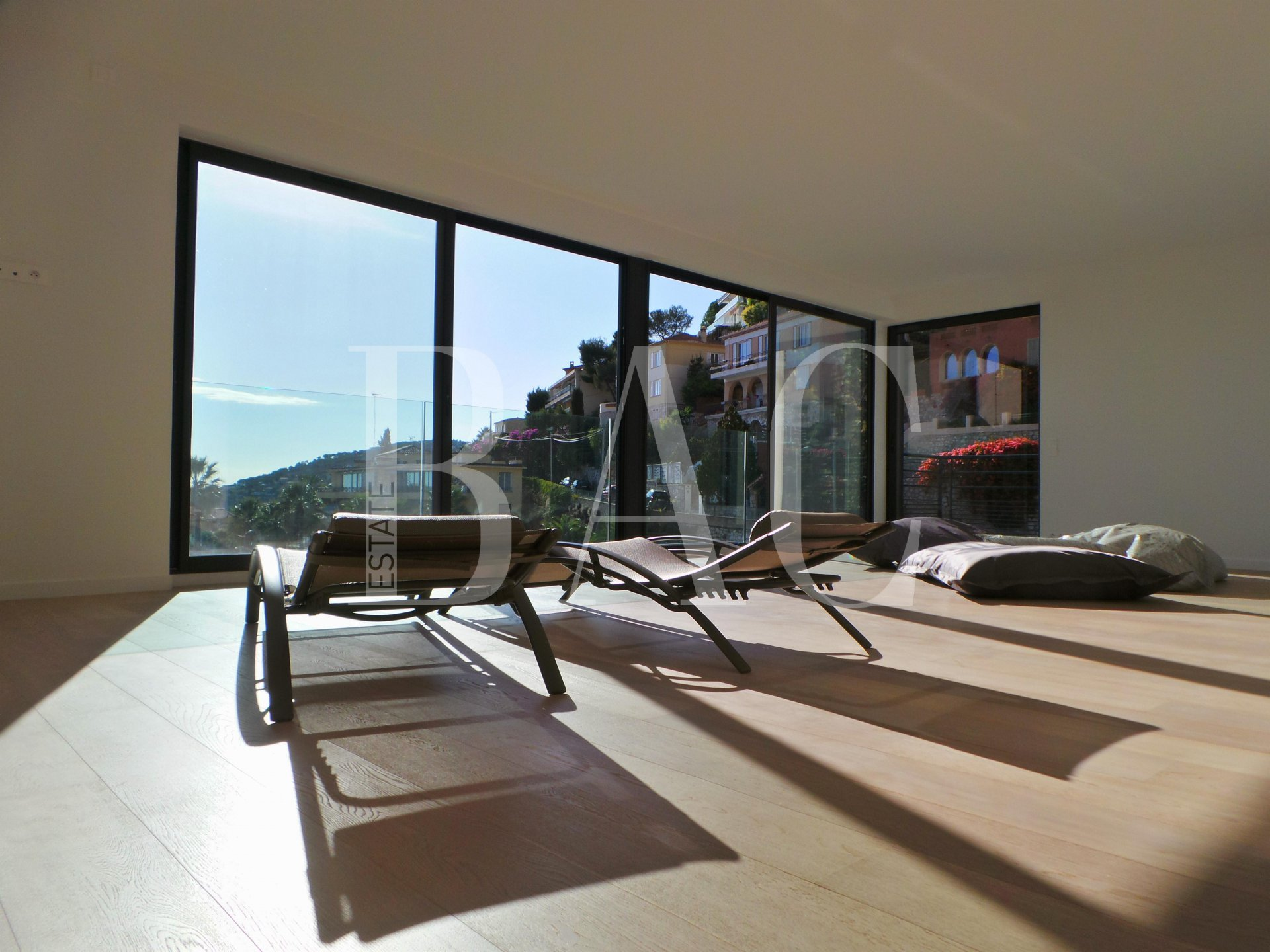 Living room-main level-amazing sea view-Villefranche Sur Mer