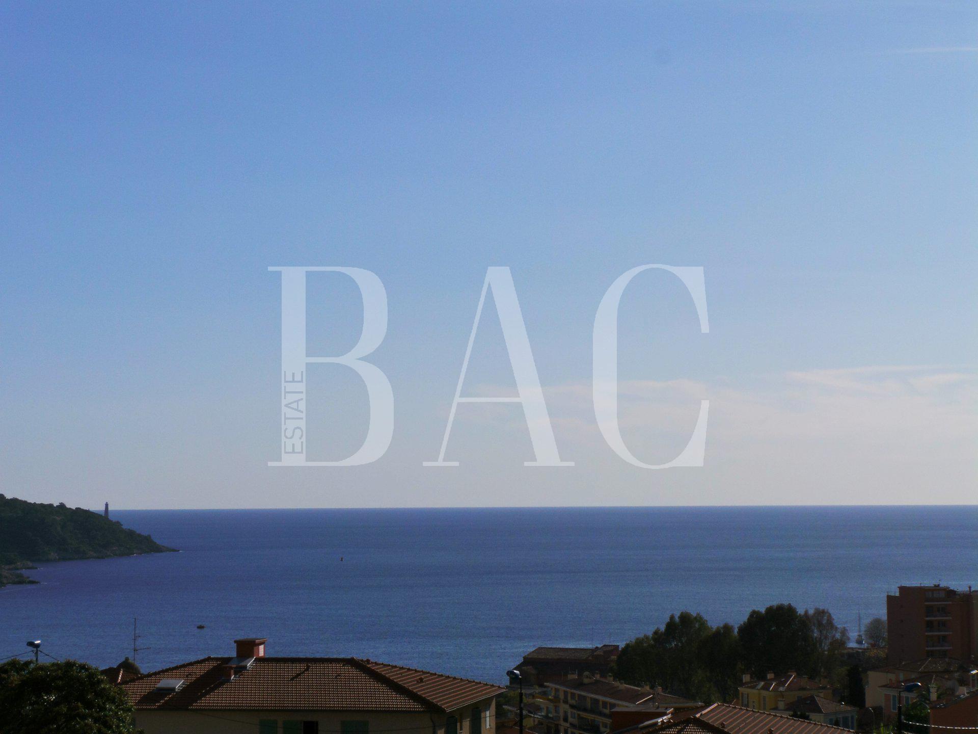 Vilefranche-Sur-Mer-Very nice sea view