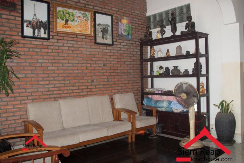 Guesthouse 24 bedrooms locate at Road 6A Siem Reap for rent ID: HR-137 $2500 per month