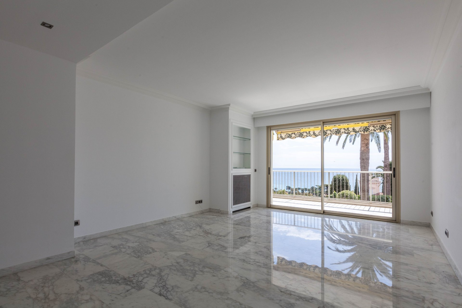 VENTE - CANNES - APPARTEMENT 4P 113M² + 23M² Ter. SUD VUE MER PANORAMIQUE