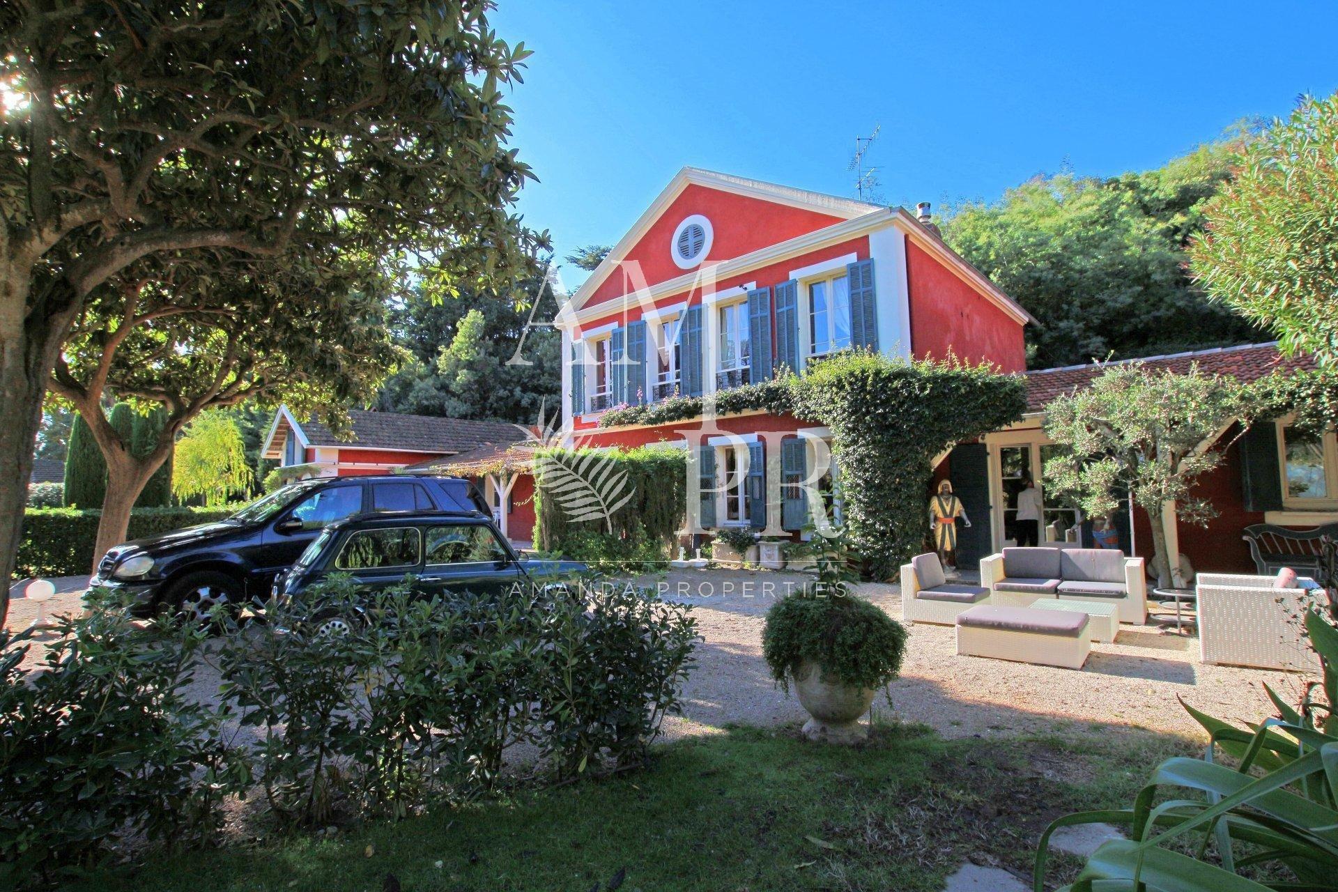 Appartement et studio - Cannes Croix des Gardes 11 personnes location saisonnière