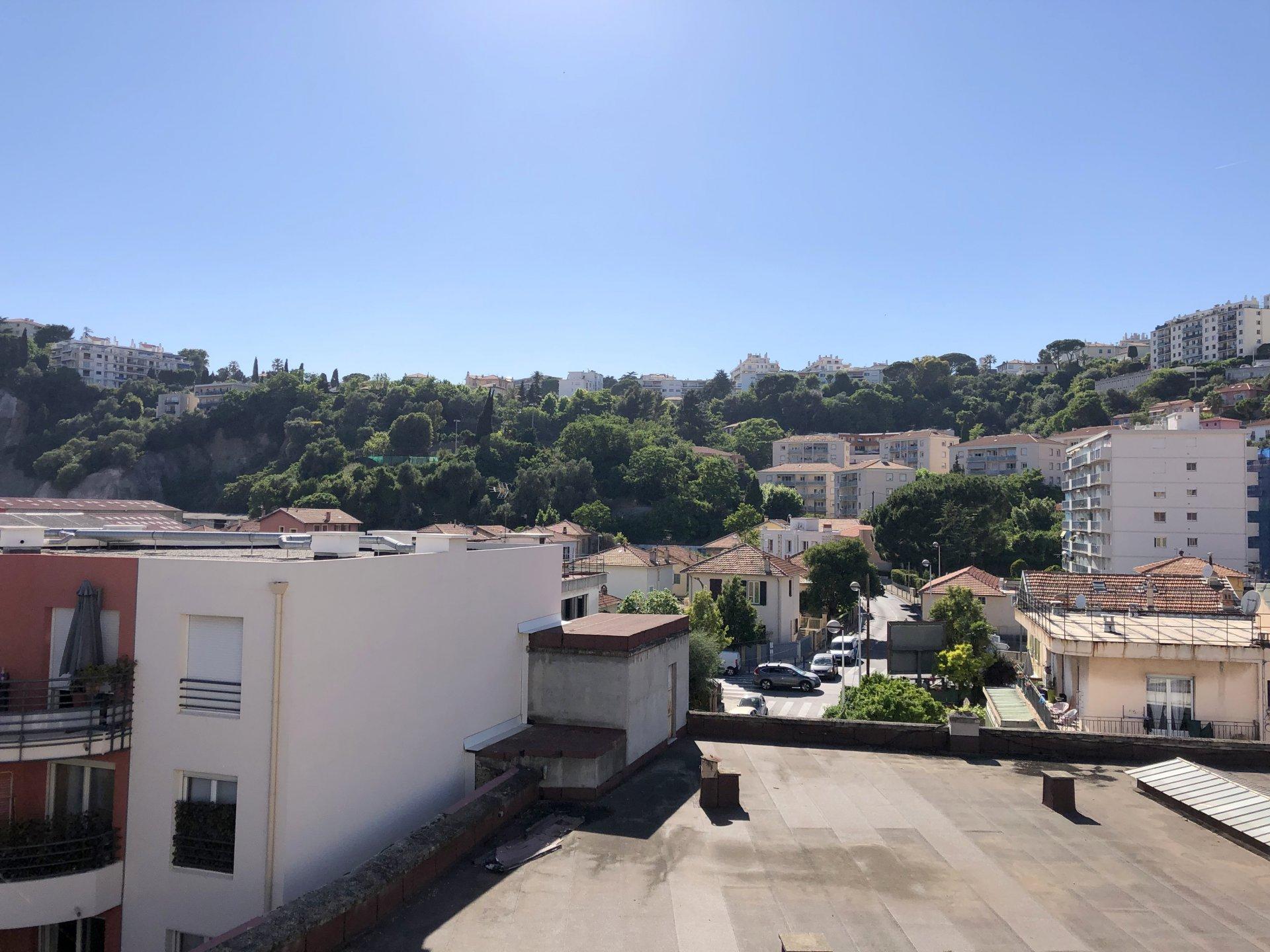 location Nice, studio 27.80m² situé bas Pasteur