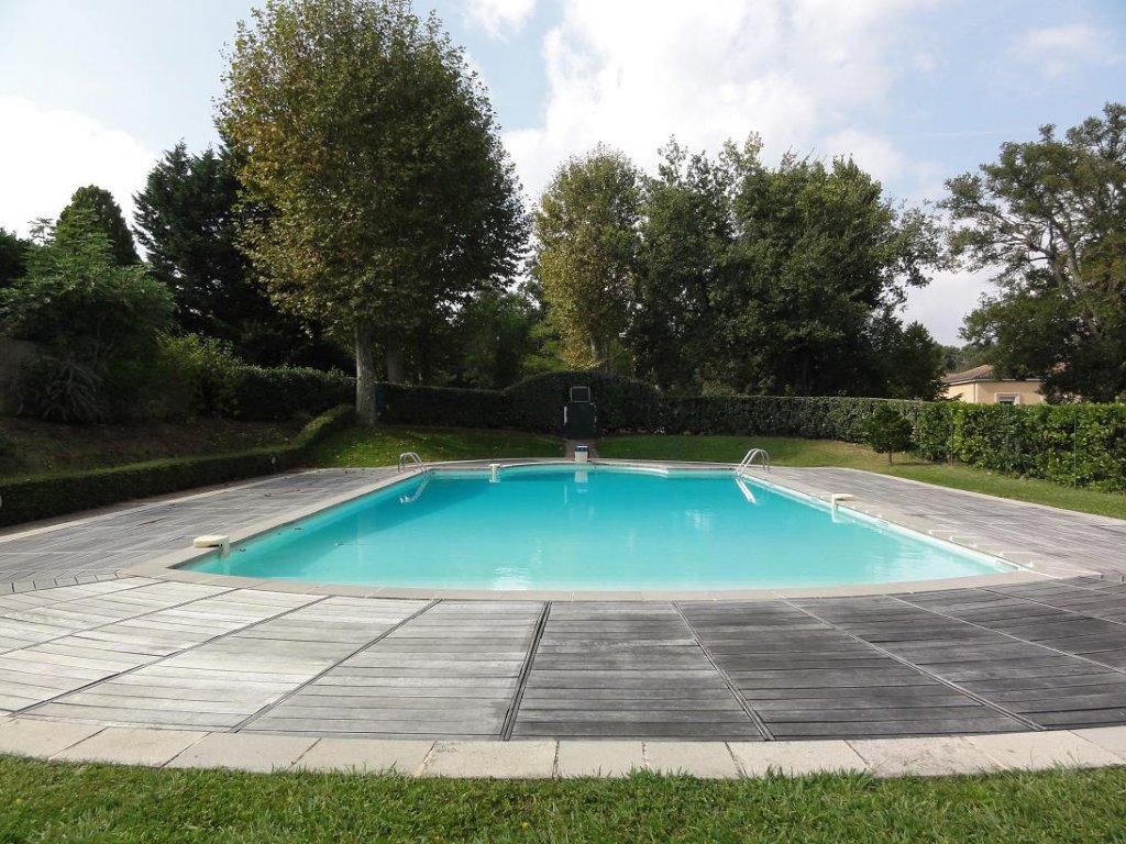 Ramonville, T3 de 60 m² avec terrasse et Parking.