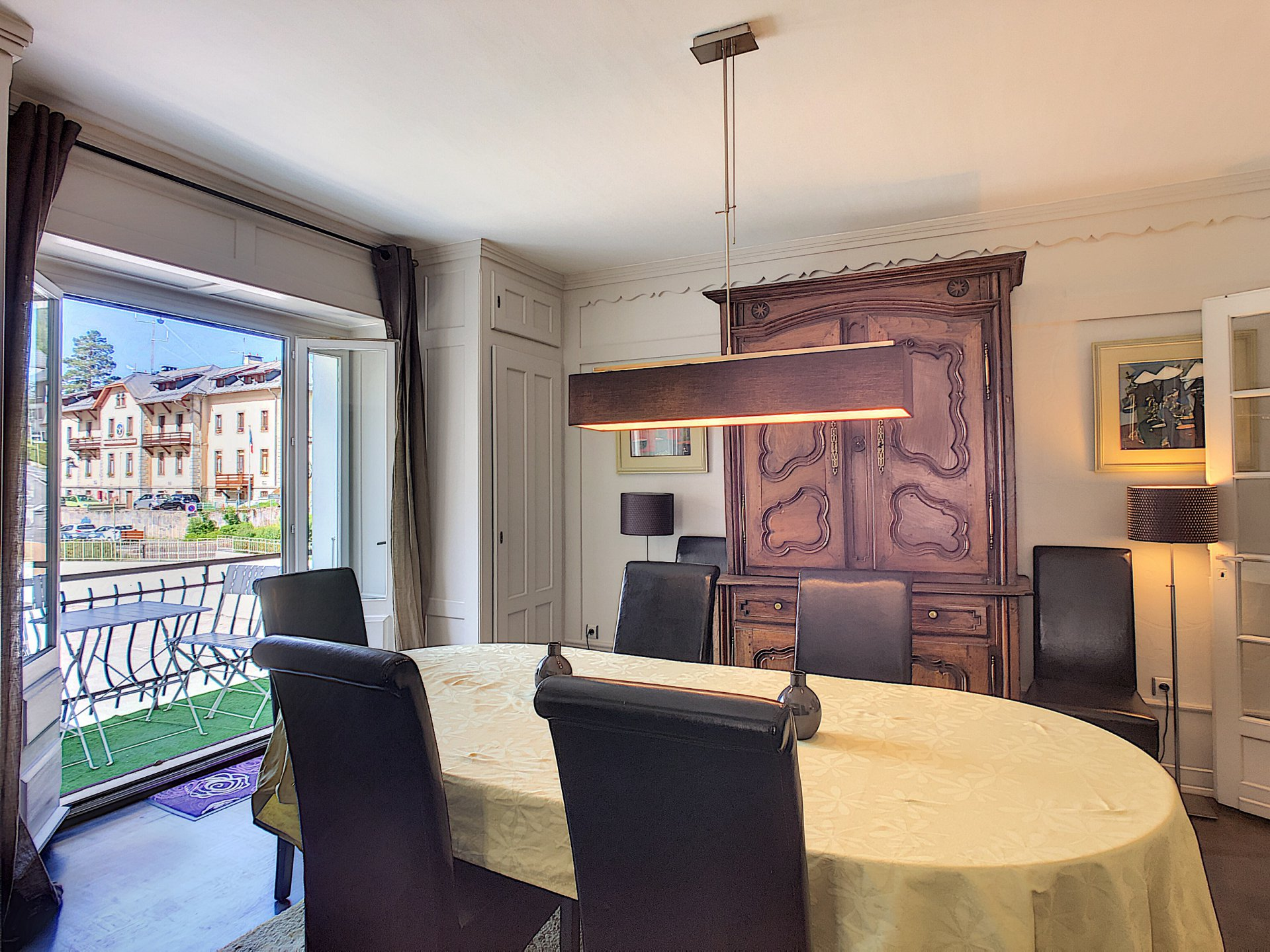 Dining room with balcony access