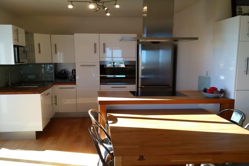 CO EXCLUSIVITE En dernier étage superbe 3 pièces  plein Sud , vue dégagée,cuisine américaine, deux ...