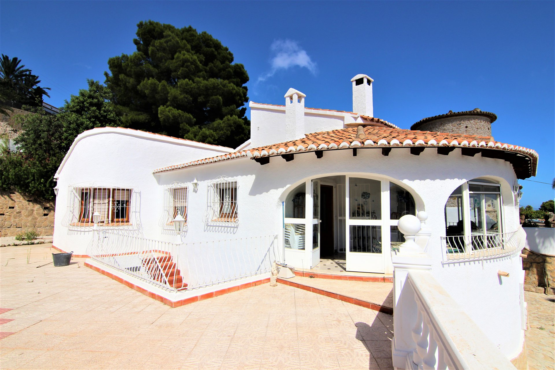 Villa on 1 level with beautiful sea views