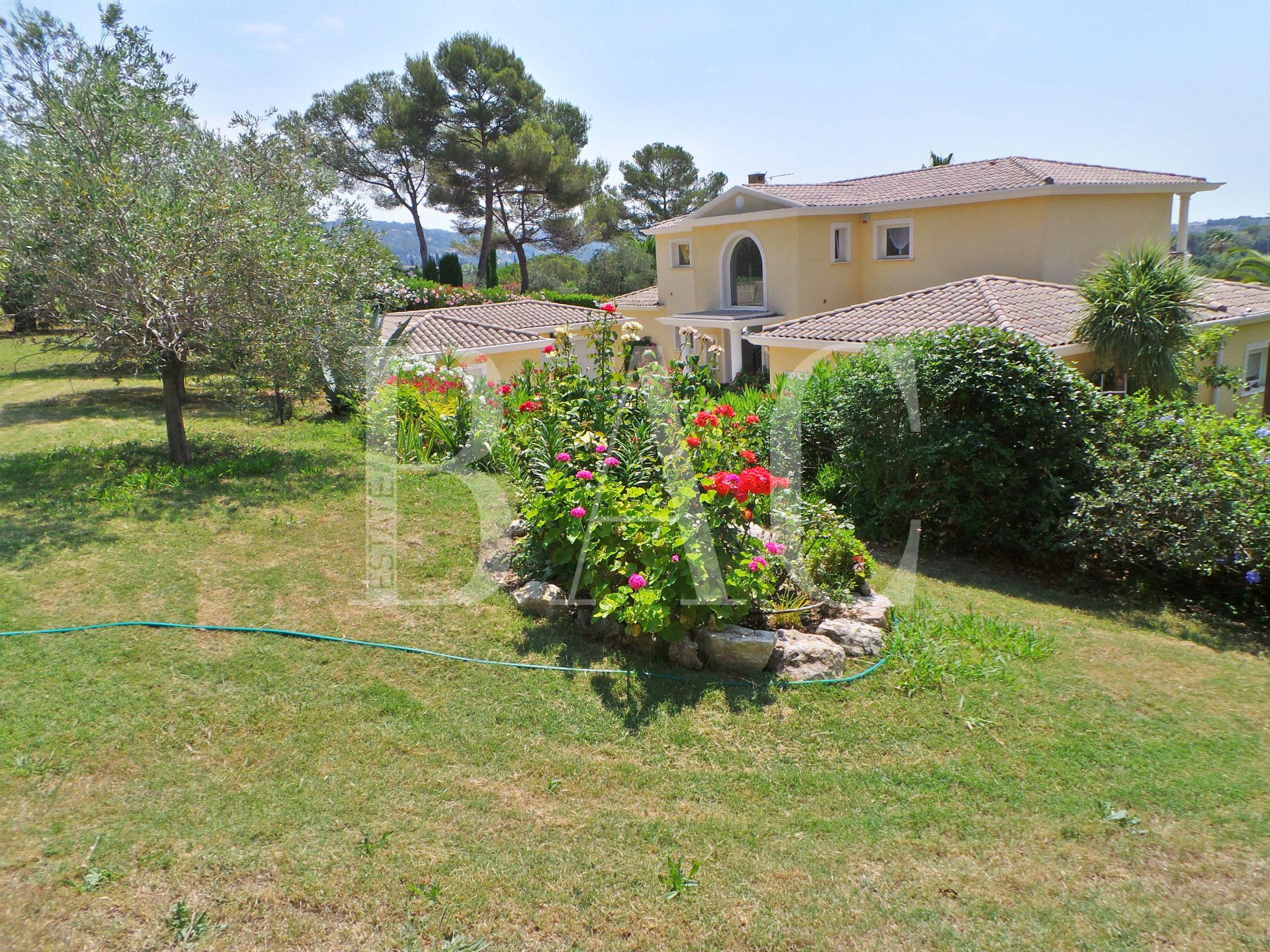 Property-Mougins
