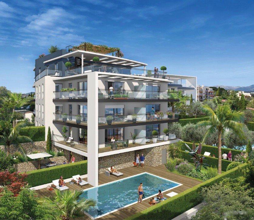 ANTIBES - French Riviera - 2 bed holiday apartment near marina