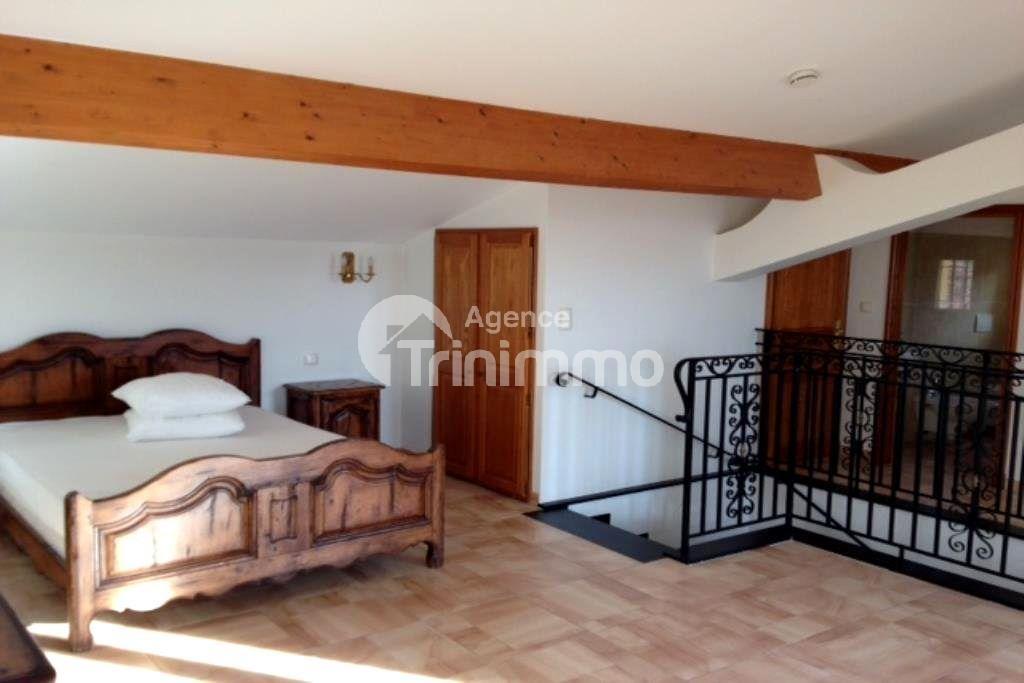 Rental House - Saint-André-de-la-Roche