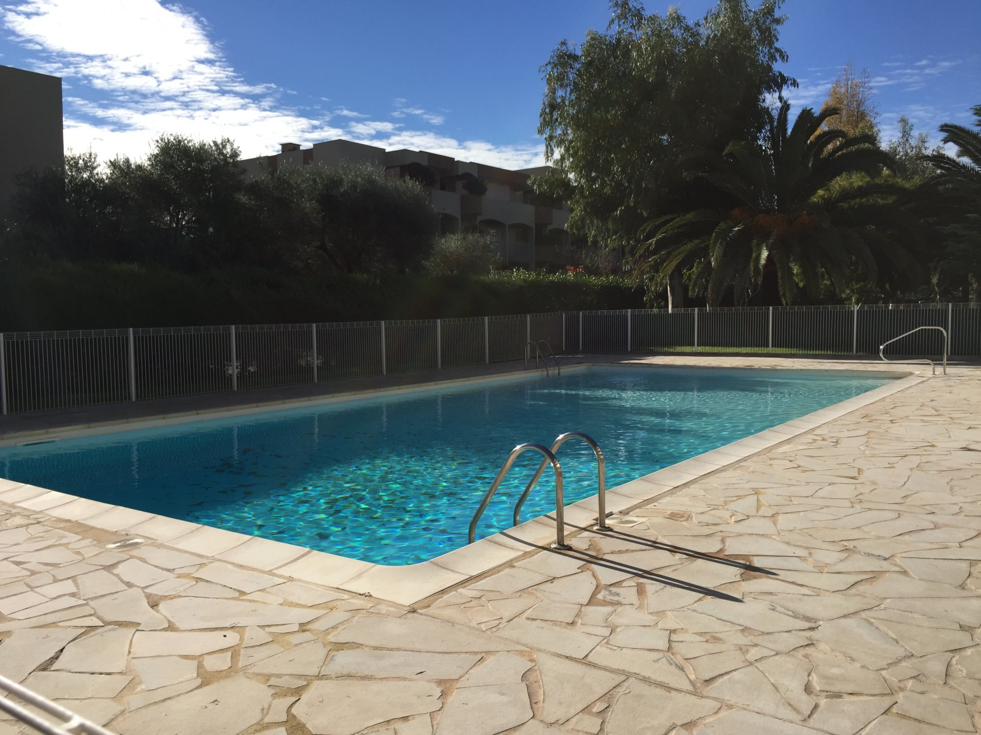 ANTIBES , réelle opportunité, 2 pièces 54m², vue mer, piscine