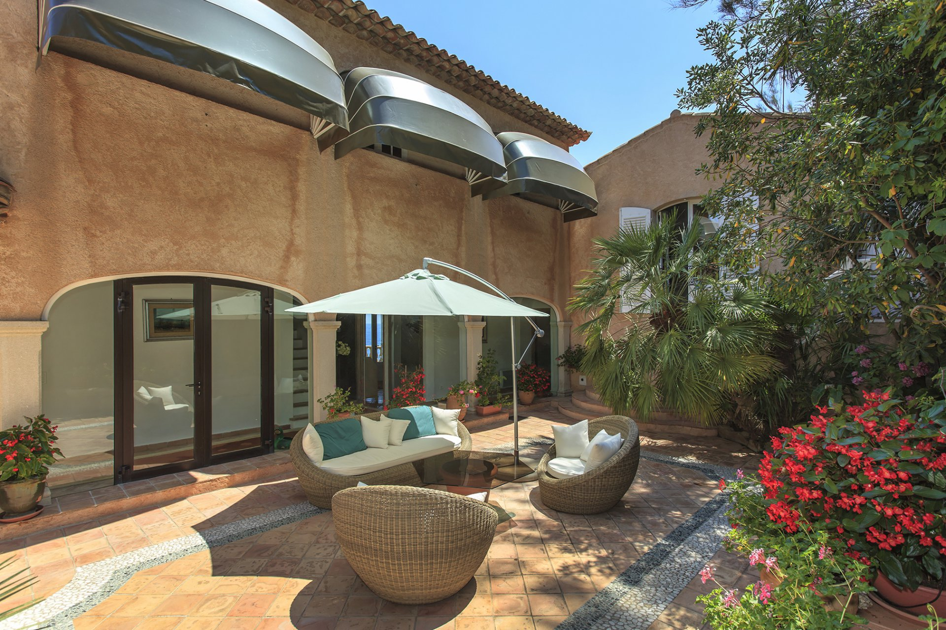 SEASONAL RENTAL VILLA SAINT TROPEZ LES PARCS