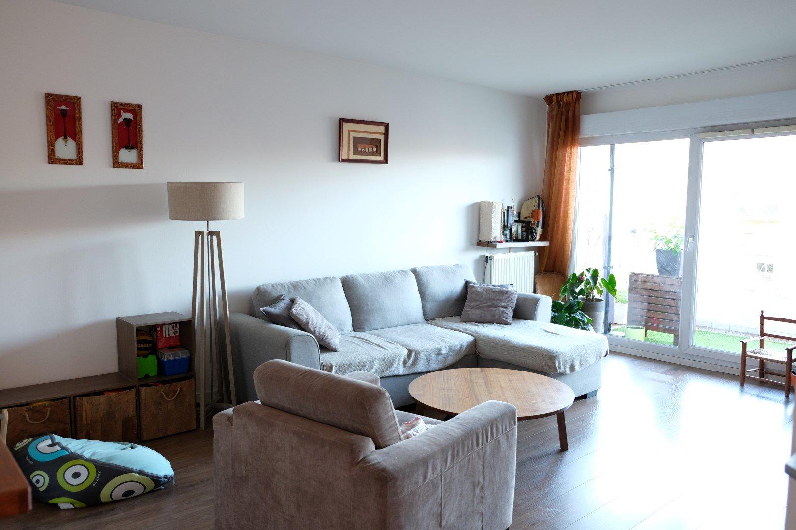 Achat Appartement Surface de 65.64 m²/ Total carrez : 65 m², 3 pièces, Villeurbanne (69100)