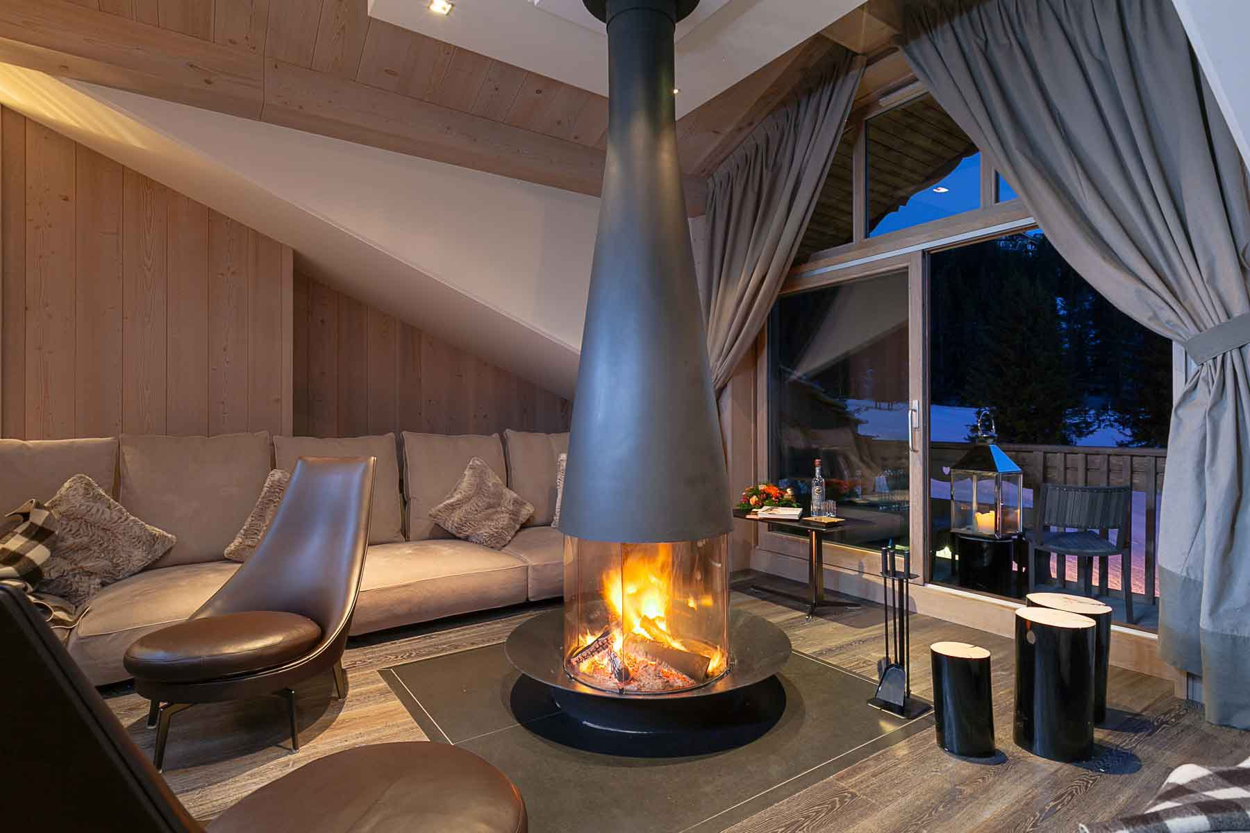 SEASONAL RENTAL APARTMENT COURCHEVEL 1850