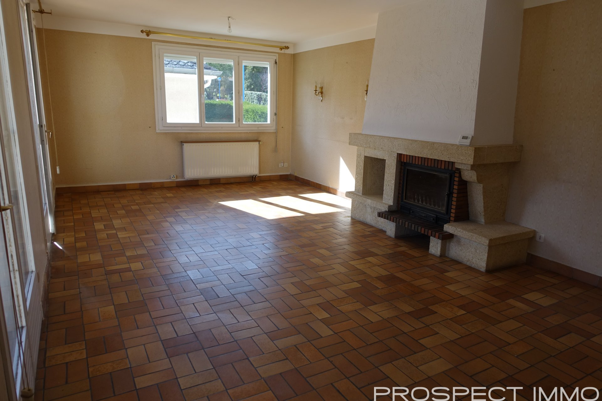 Sale Townhouse - Onet Le Chateau