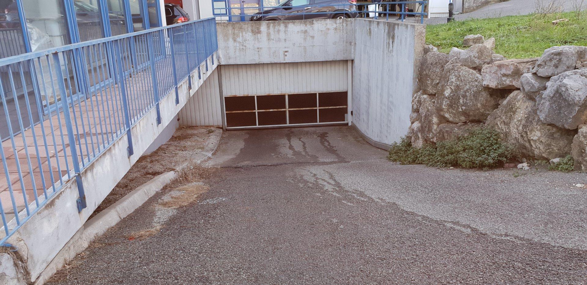 Vendita Parcheggio - Le Cannet Rocheville