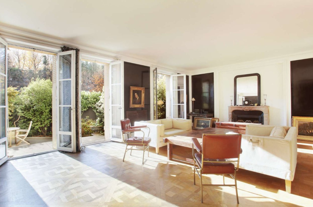 Sale Apartment - Paris 16th (Paris 16ème)