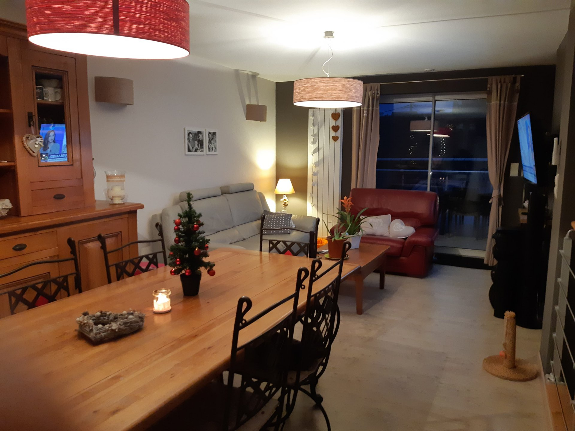 5571CSM - Maison compr. 3 appts - 30 mn VICHY