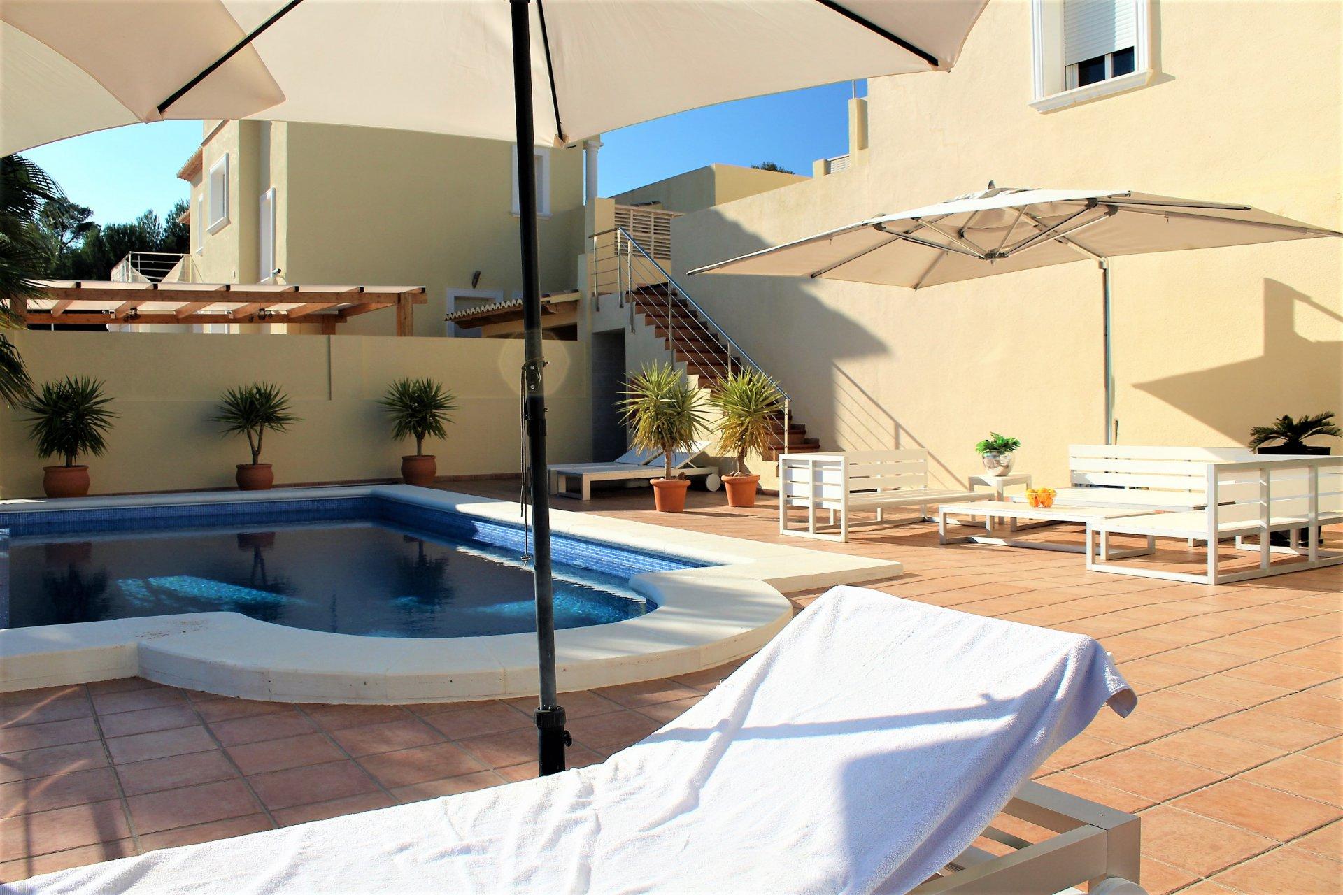 Luxe villa met panoramisch uitzicht op zee