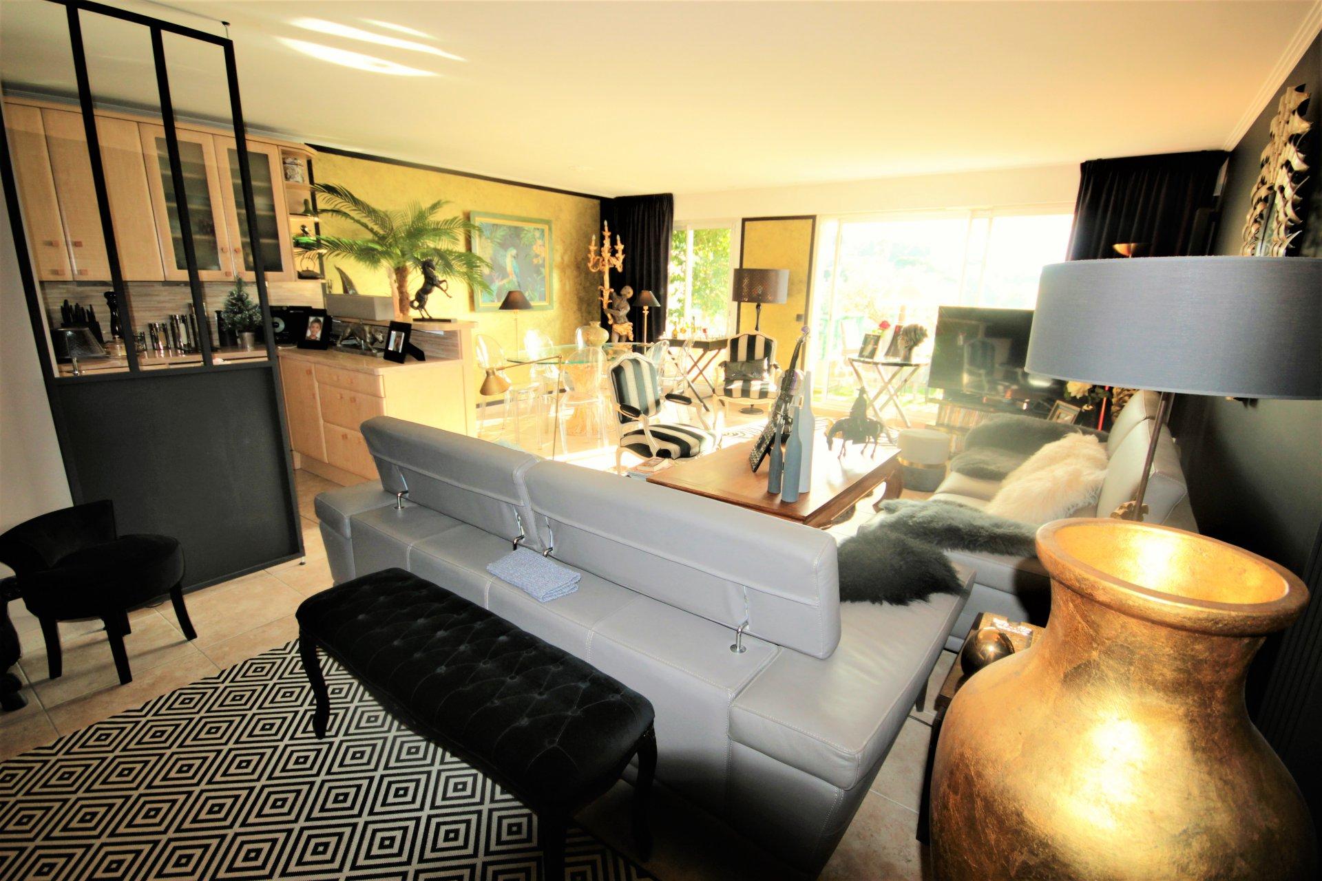 Sale Apartment - Mandelieu-la-Napoule Grand Duc