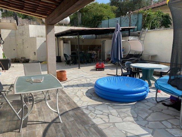 LA GRAVE DE PEILLE : Villa d'environ 140 m²