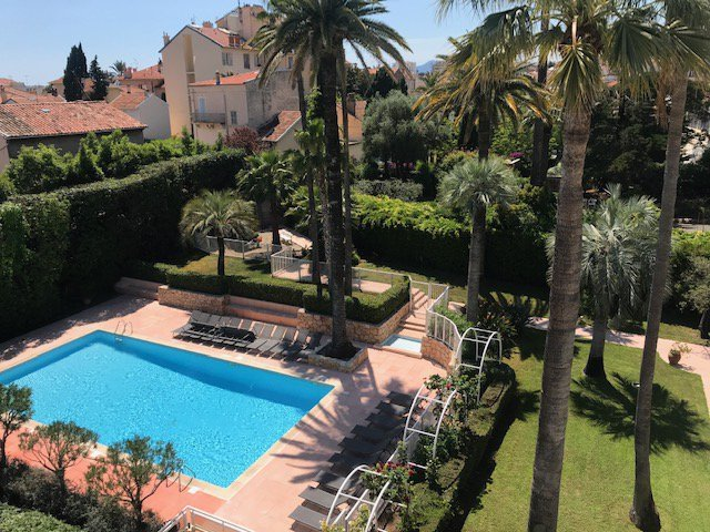 Cannes-80sq m.10 minutes walking distance from Beaches
