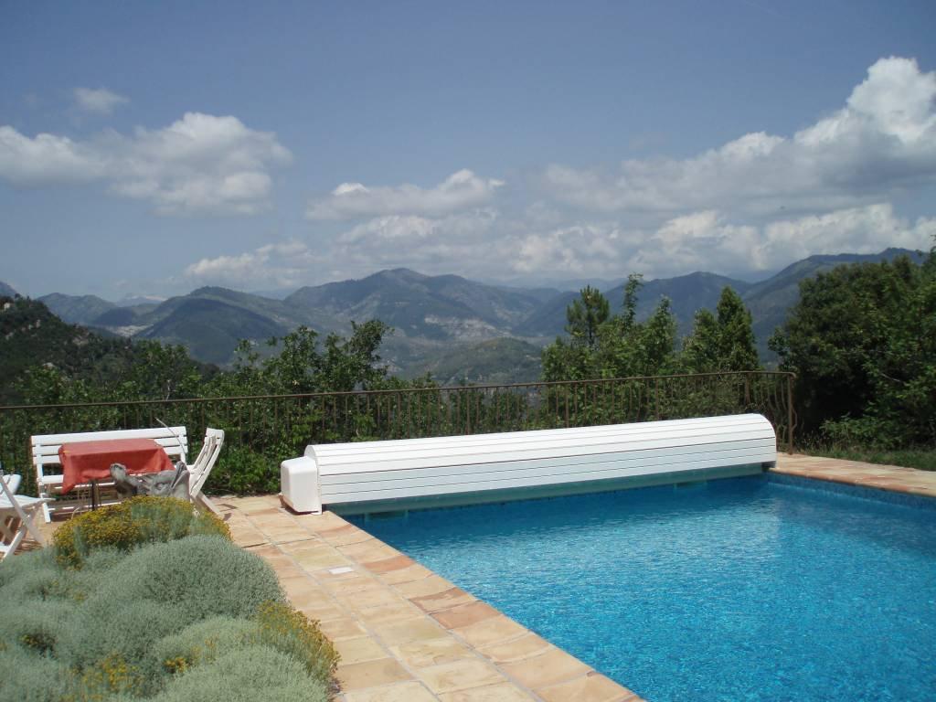 BERRE LES ALPES : A 30 minutes de Nice, belle propriété ...