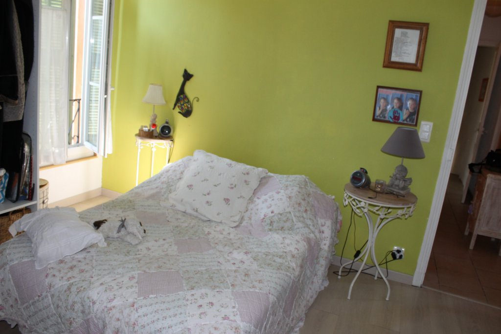 COARAZE - BAISSE DE PRIX = A SAISIRJolie maison ...