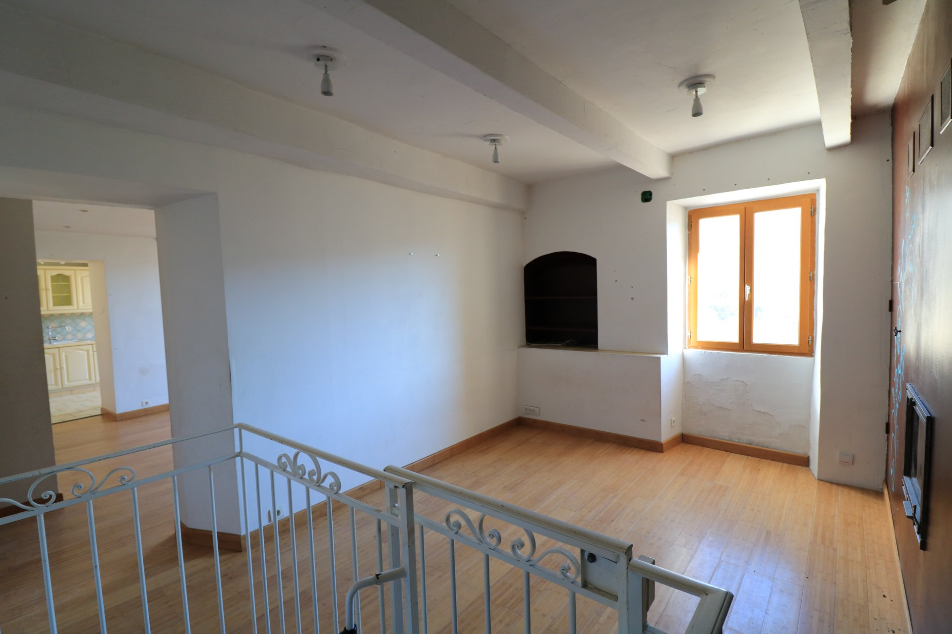 CONTES : Appartement de 4/5 pièces