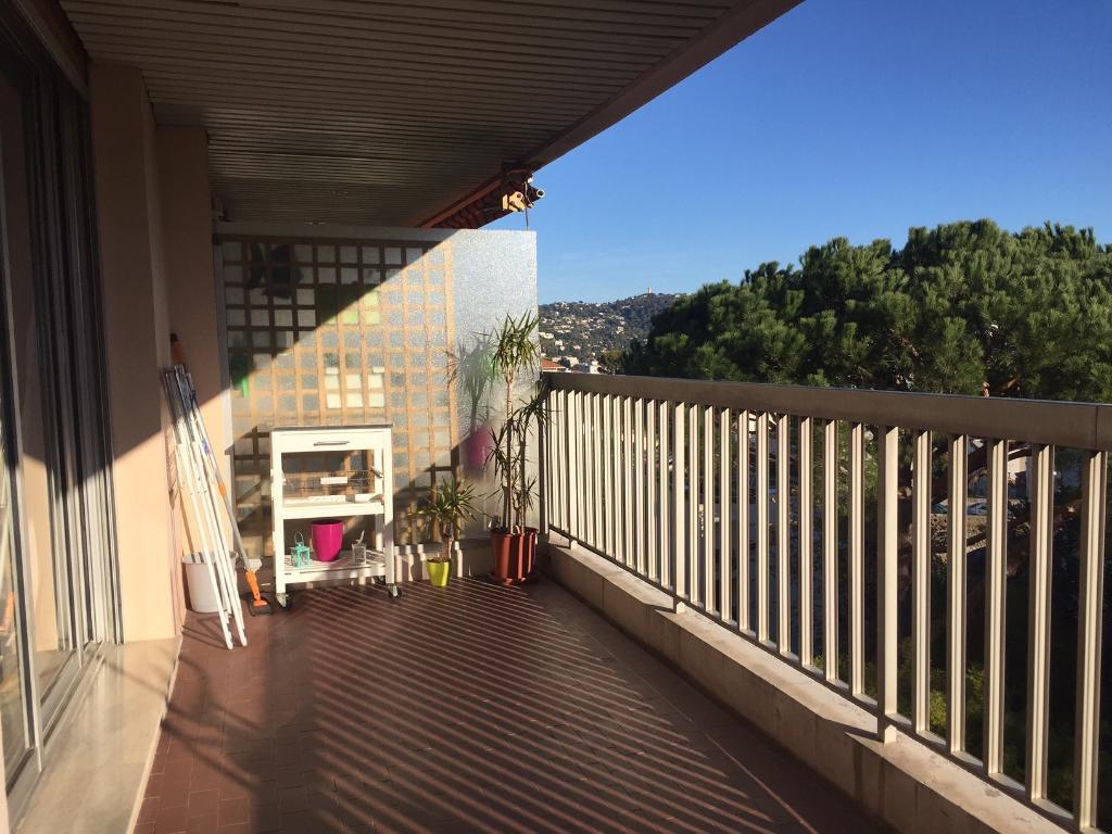Beau 3 pièces terrasse d'angle