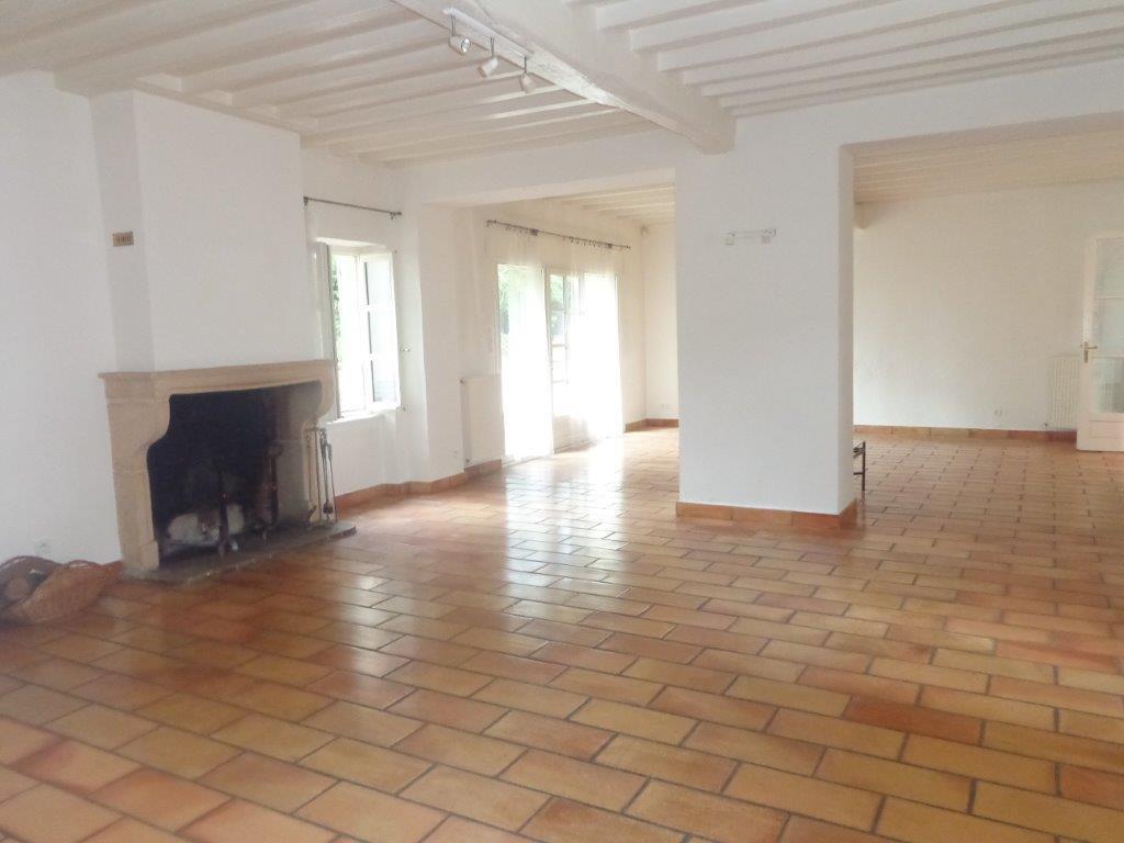 45' Sud de Lyon propriété restaurée dans parc d'un ha