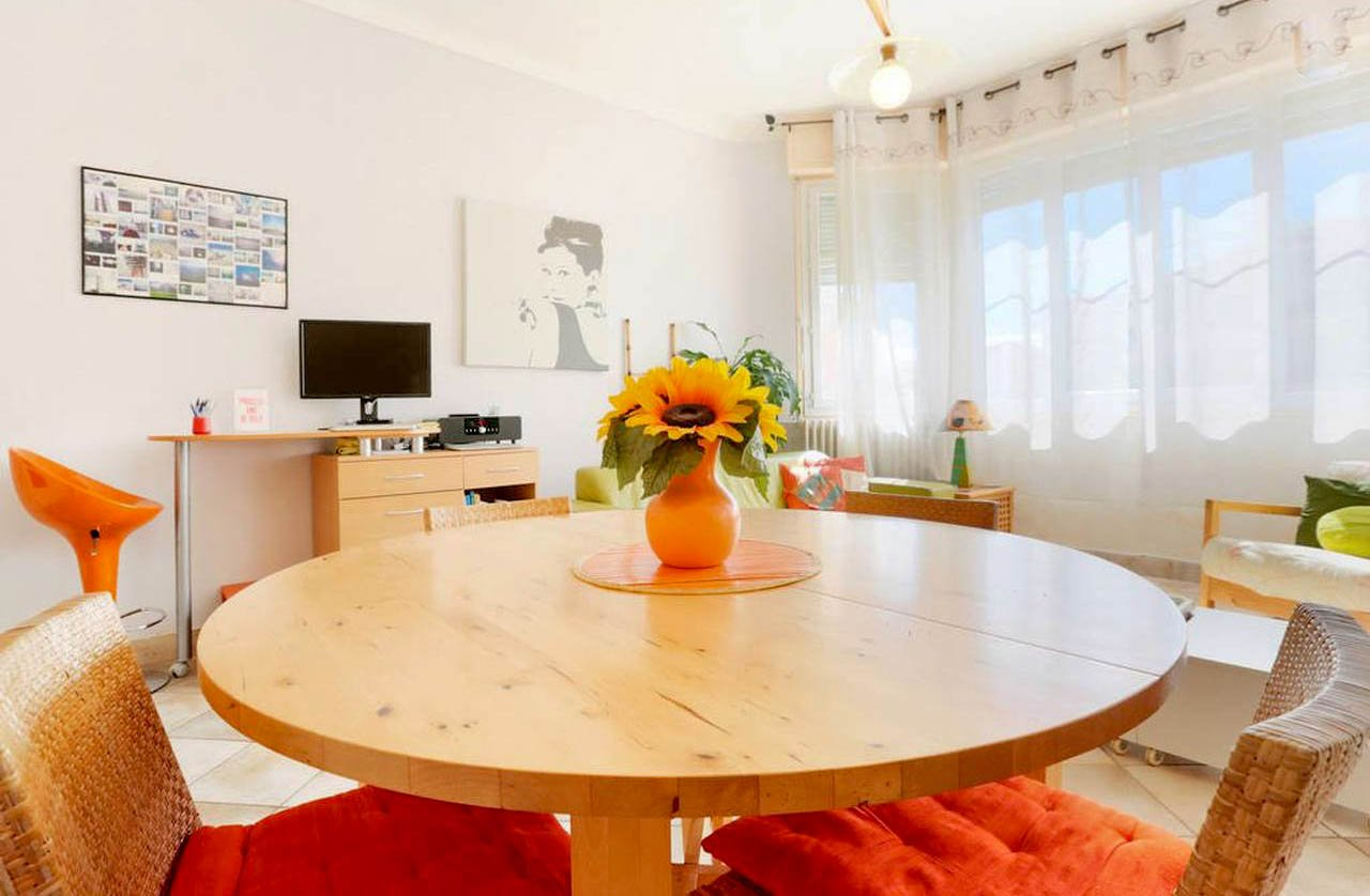 SALE Apartment 2 Rooms Nice Musiciens Balcony Furnished