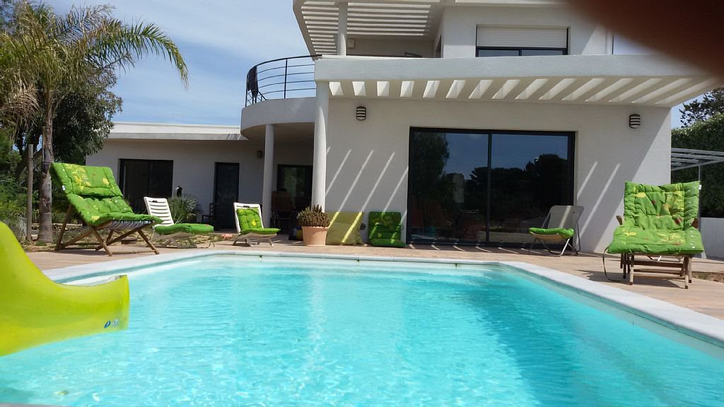 Seasonal rental Villa - Hyères Giens