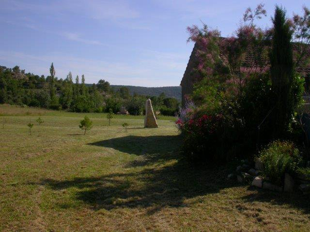 « Two stonehouses on 5.5 ha land»