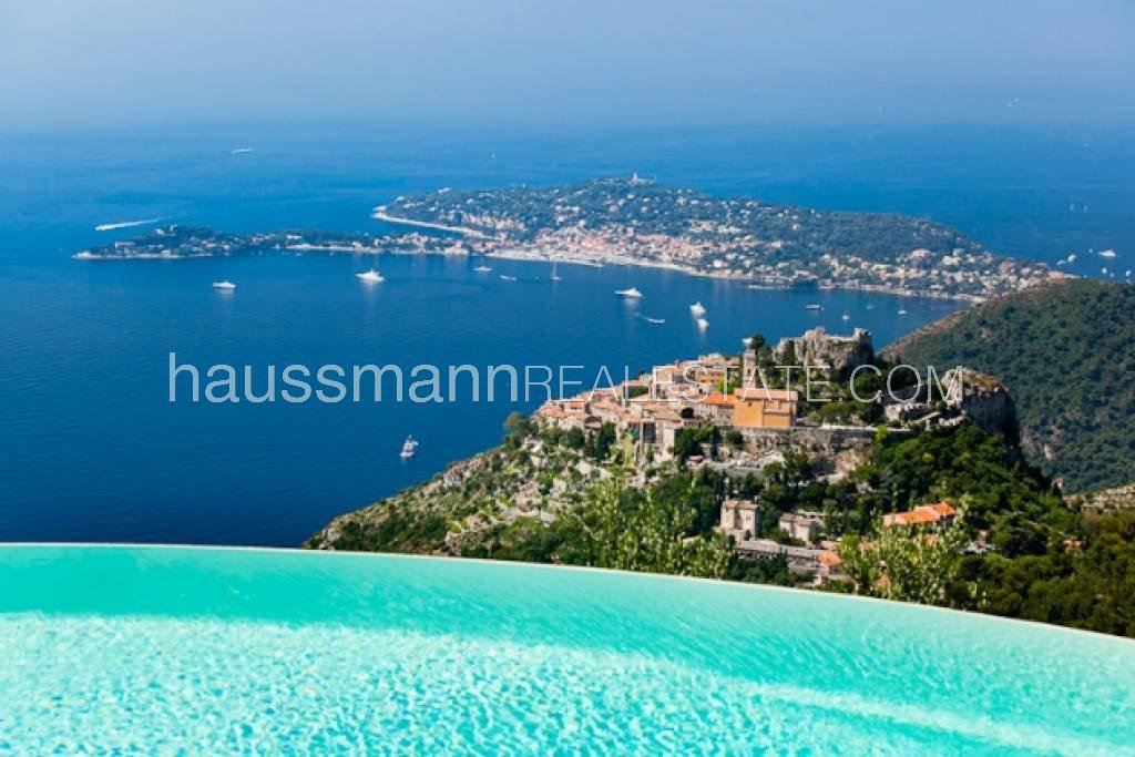 Facing the sea and Eze village, easy drive to Monaco