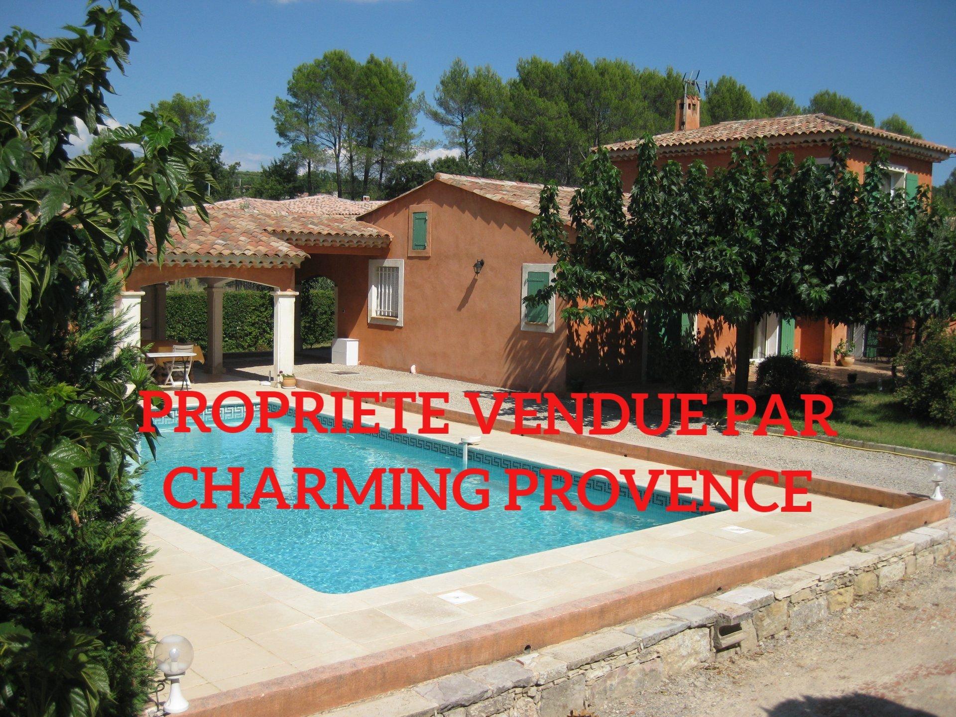 LORGUES charmante Villa inmittens Olivenbaueme