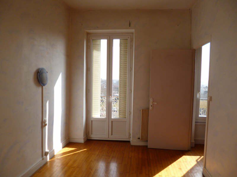 Grand appartement avec balcon