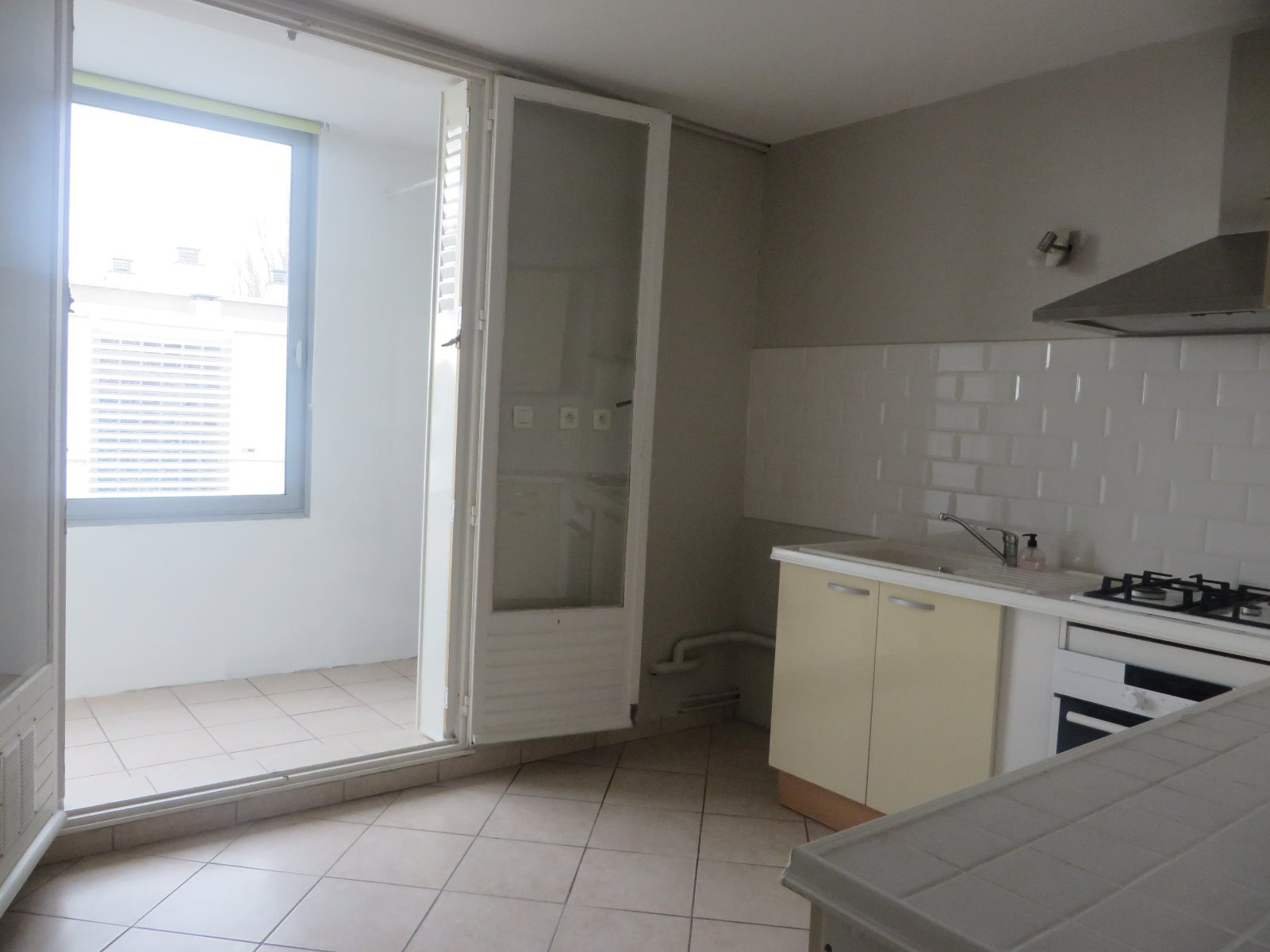 VENTE - 2061 - APPARTEMENT LUMINEUX - 2 Chambres