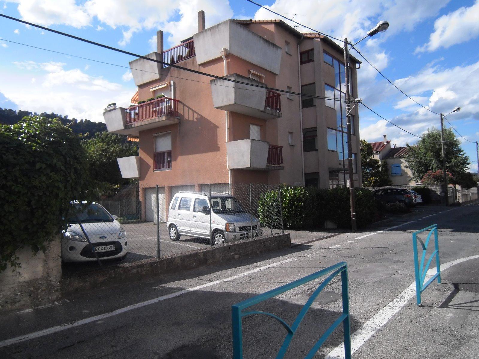 T2 dans résidence avec parking