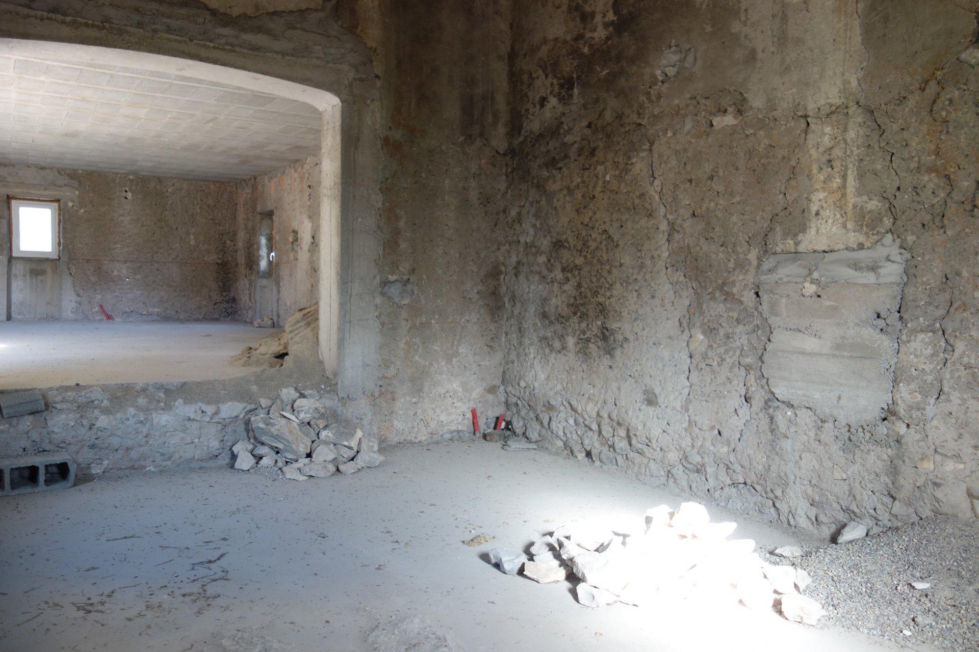 corps de ferme en pierre GRAND POTENTIEL
