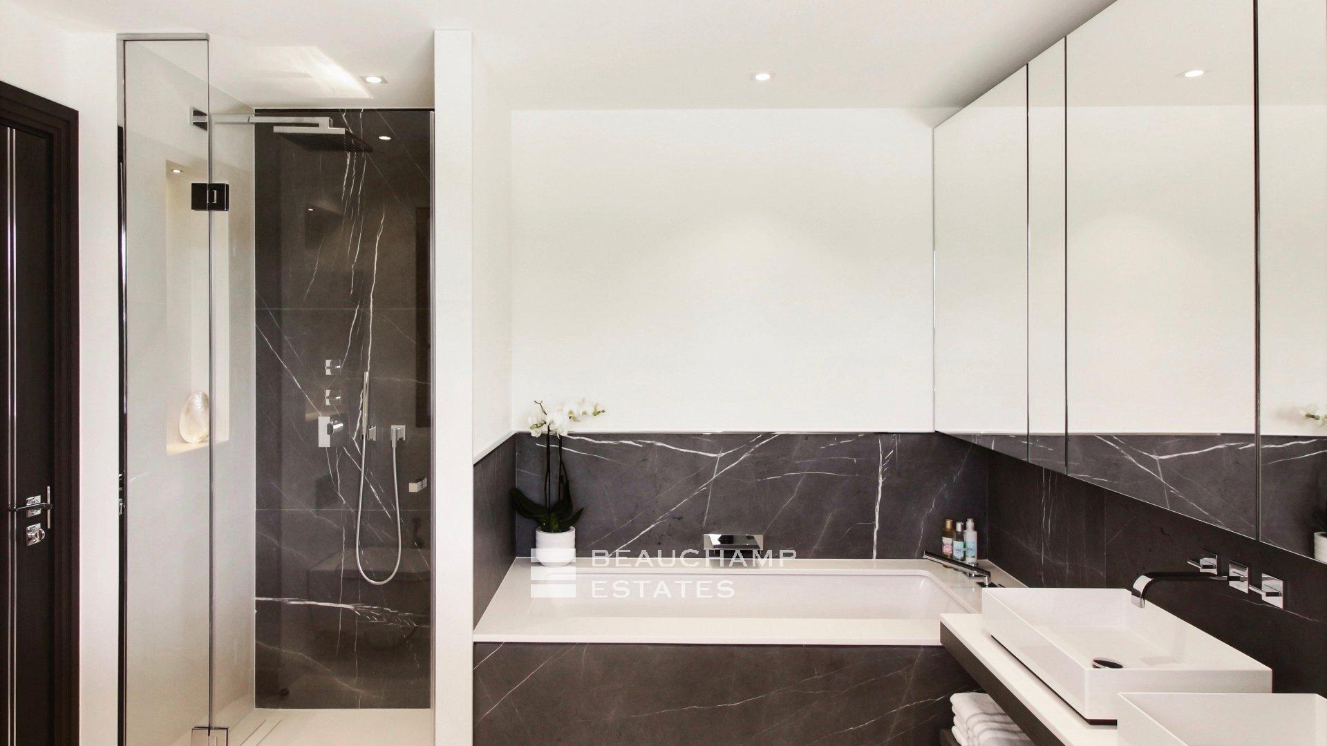 Splendid Renovated 5 bedroom Mas in Saint Paul de Vence