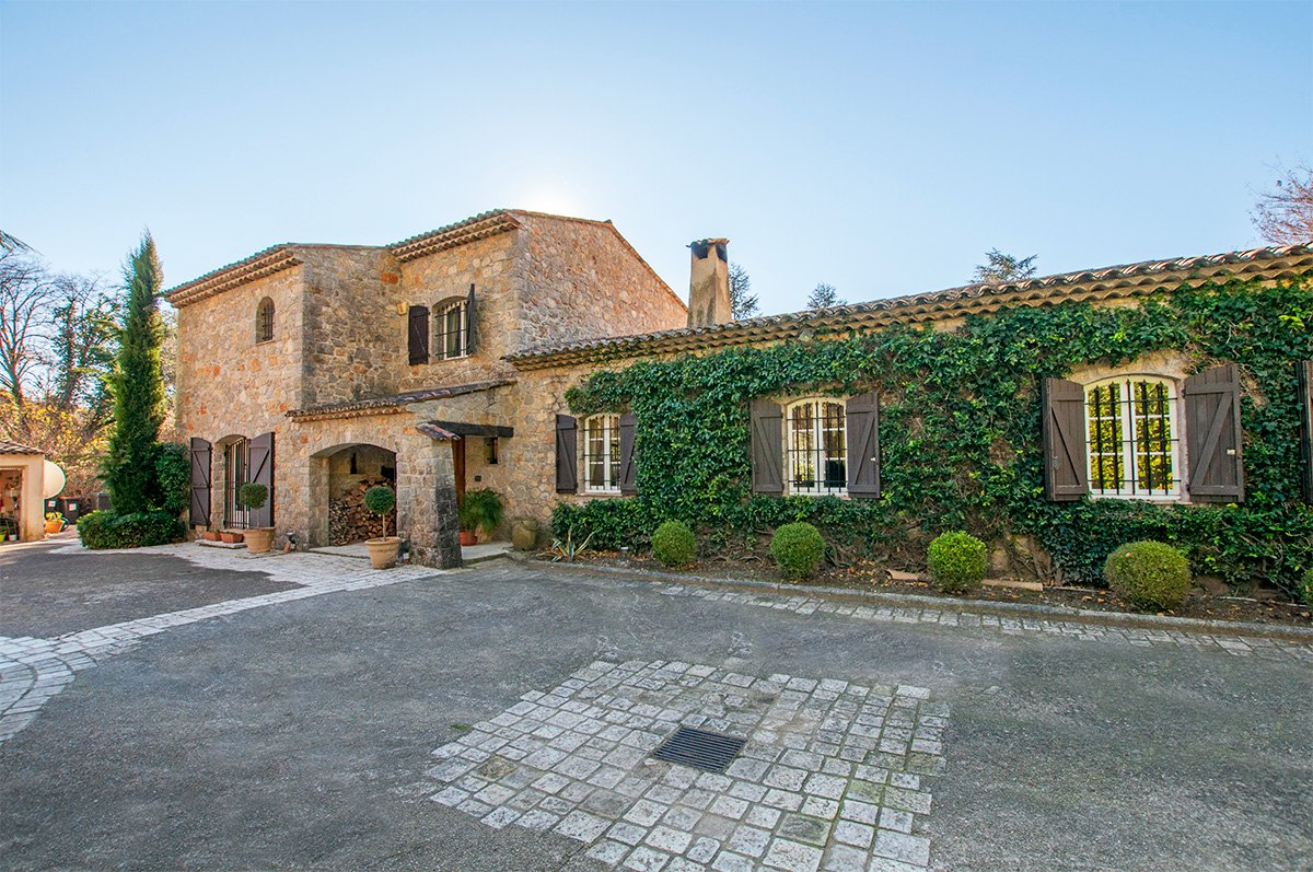 Beautiful Stone Villa in a Perfectly Tranquil Setting