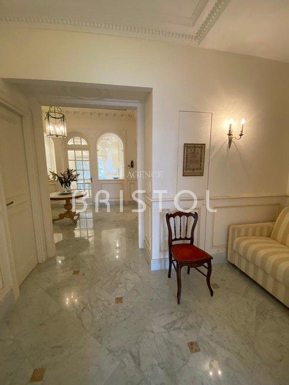 """Beaulieu sur mer Magnificent apartment in the Residence """"Le Bristol"""""""