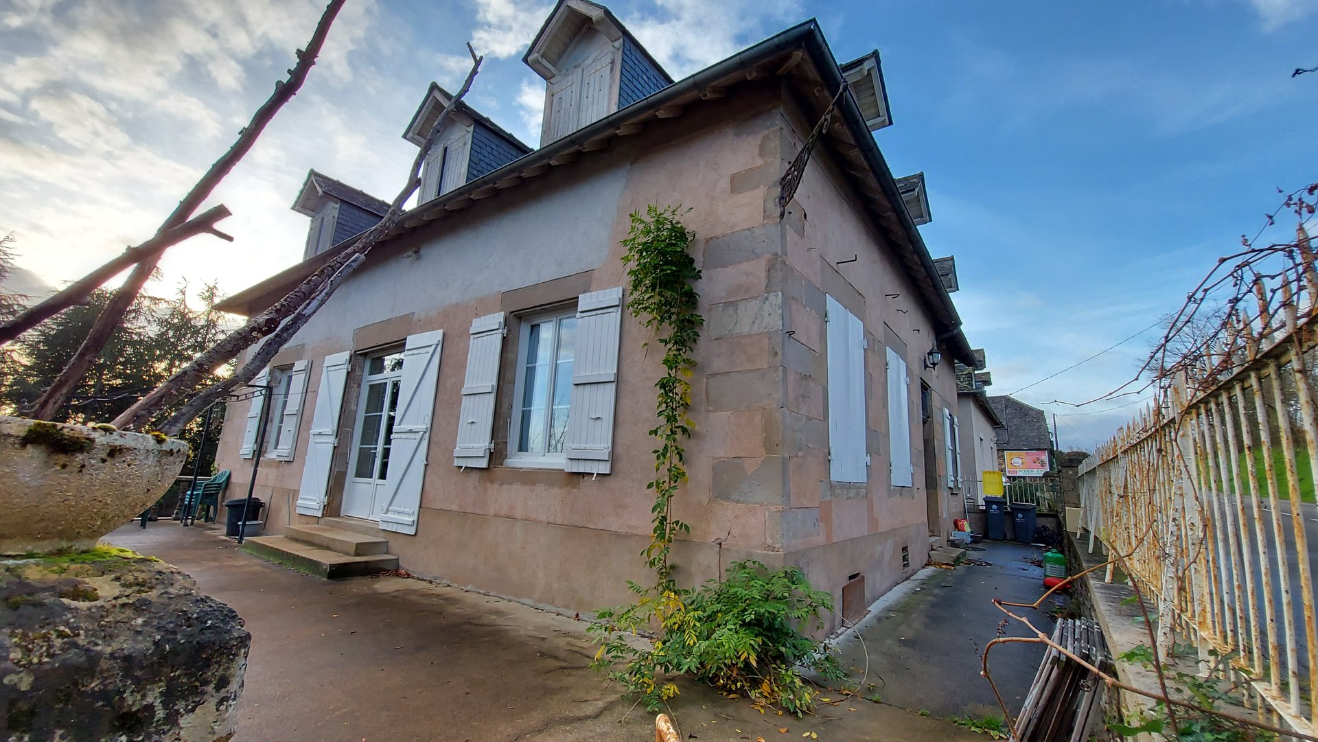 Sale House - Juillac