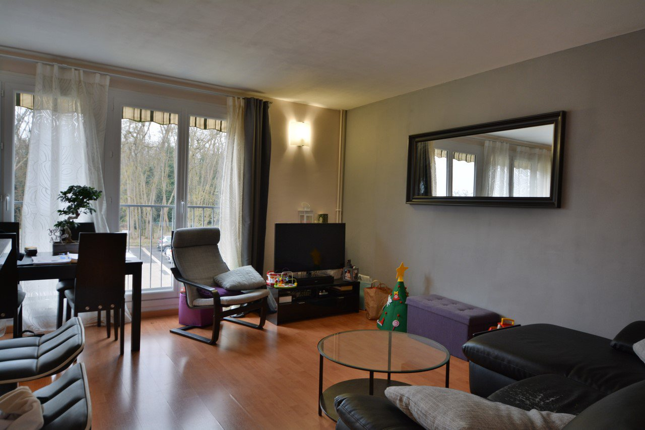 Sale Apartment - Bruyeres Le Chatel