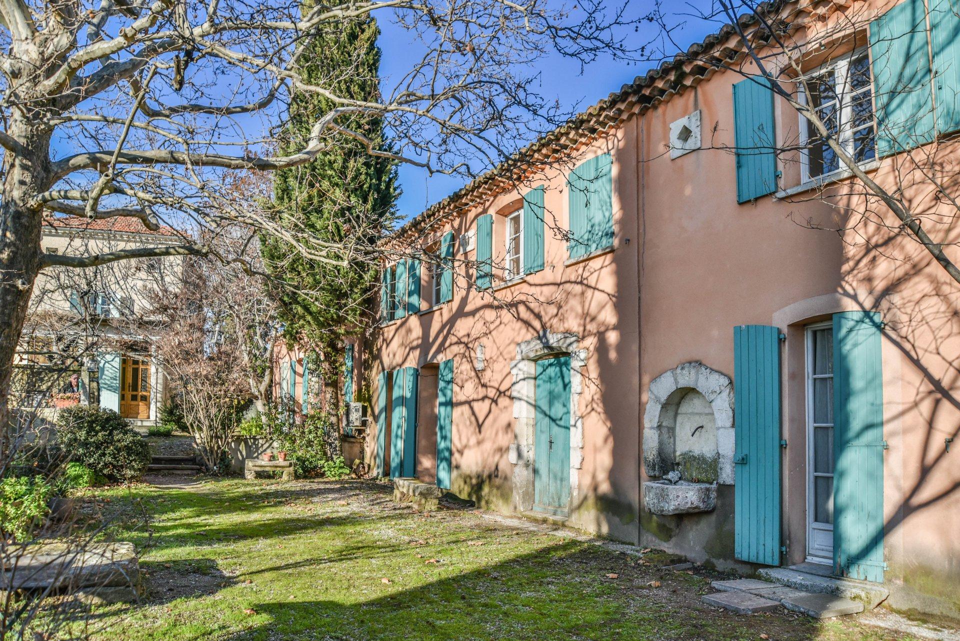 Drôme Provençale, ferme à restaurer