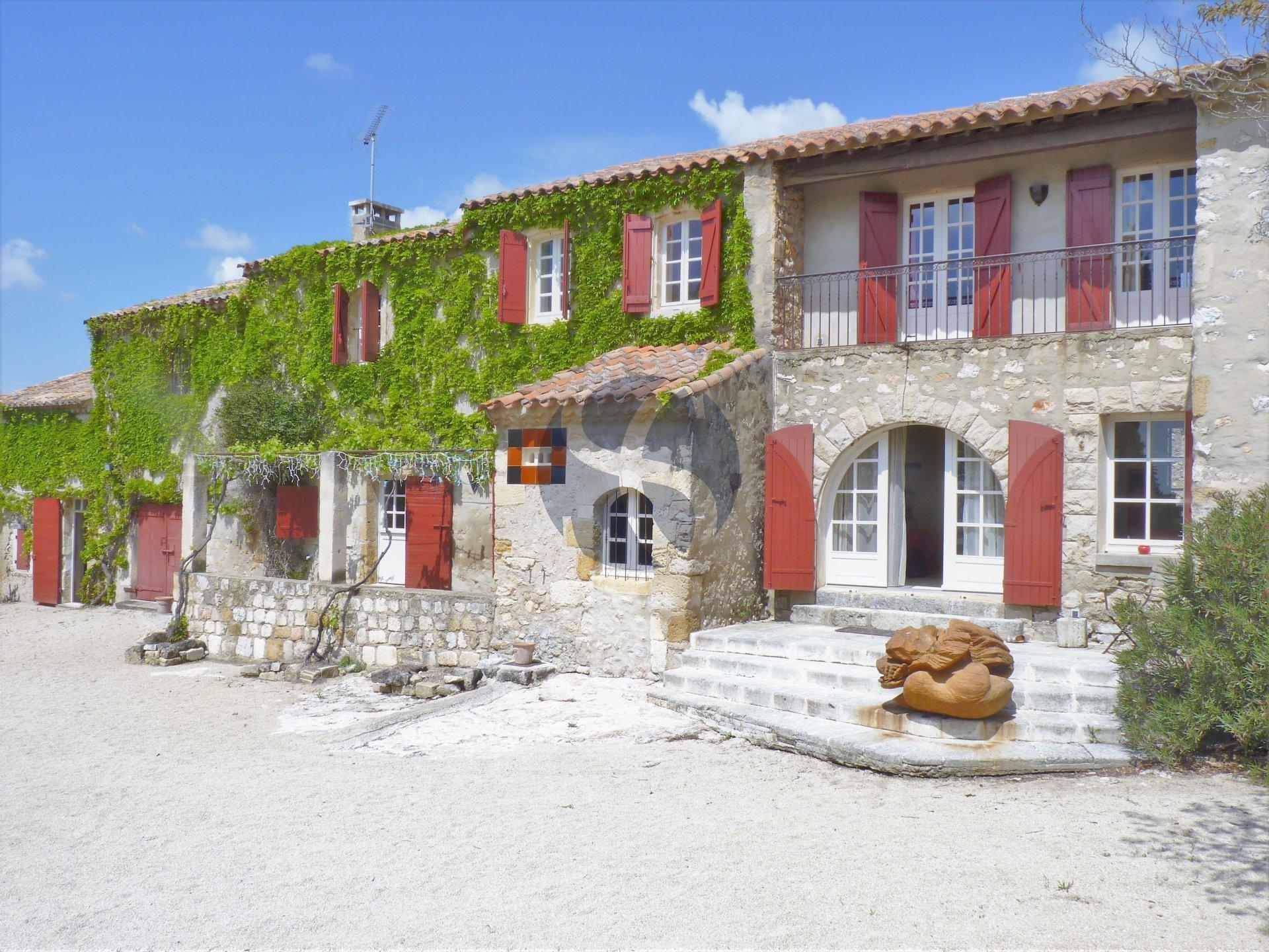 Demeure Provençale proche du Golf de Servanes