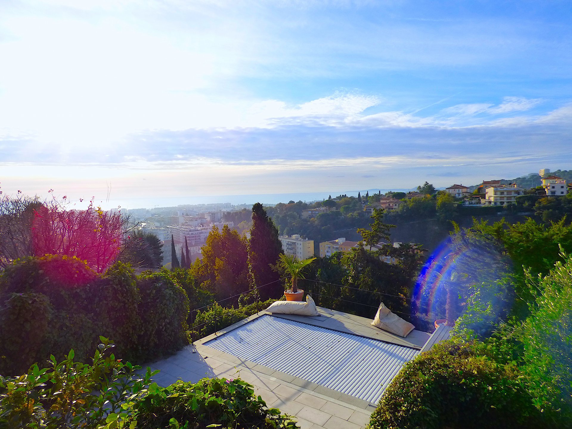 French riviera , SPLENDID FLAT SEA VIEW 4 BEDROOMS, GARDEN  near the Casttle