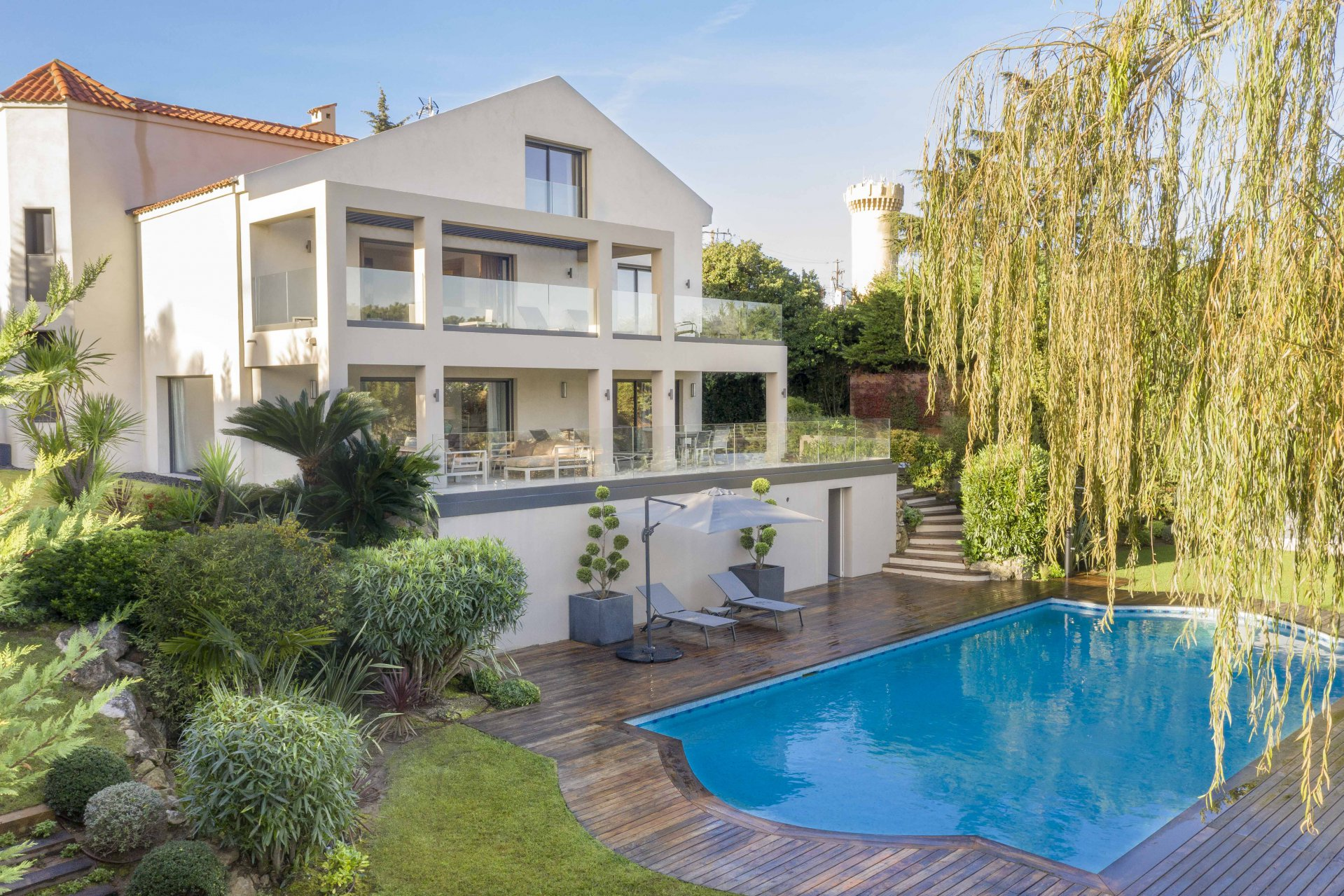 SUPER CANNES - RENOVATED VILLA - SEA VIEW