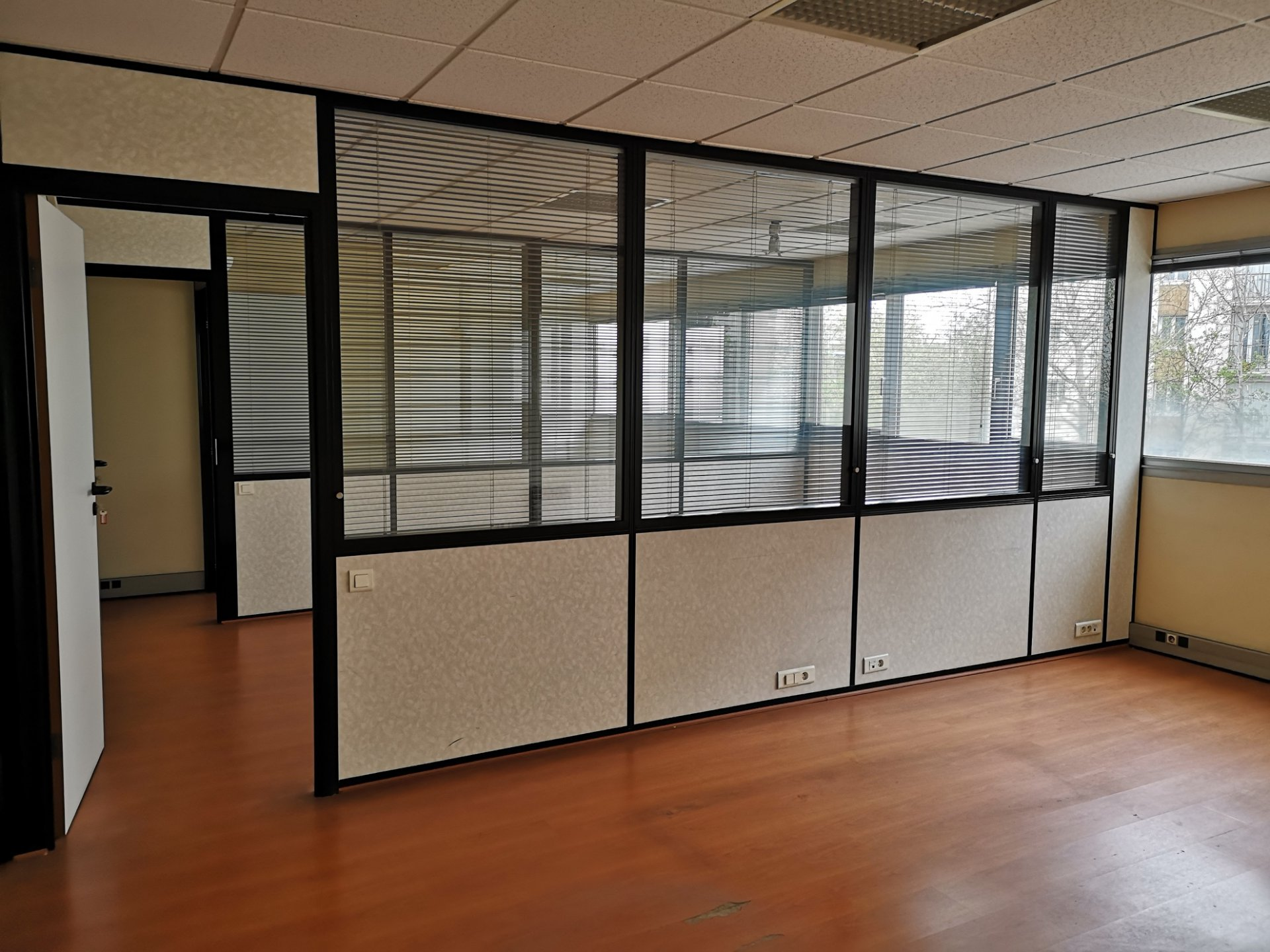Sale Office - Colombes